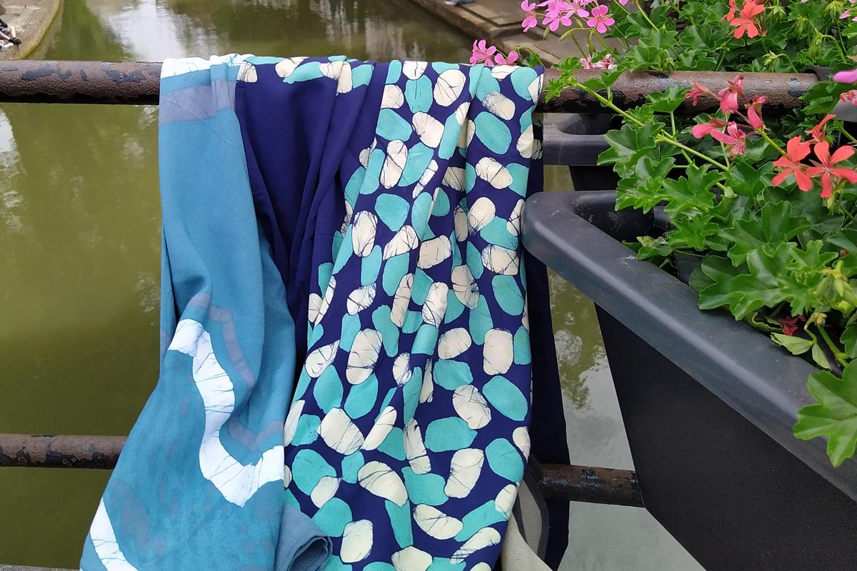 Blauw kleed van Butik Batik